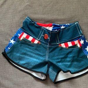Ink n burn shorts size 4